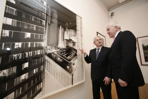 Minister for Arts, Heritage and the Gaeltacht, Mr Jimmy Deenihan, TD, with Peter Keegan, Ireland Country Executive, Bank of America Merrill Lynch
