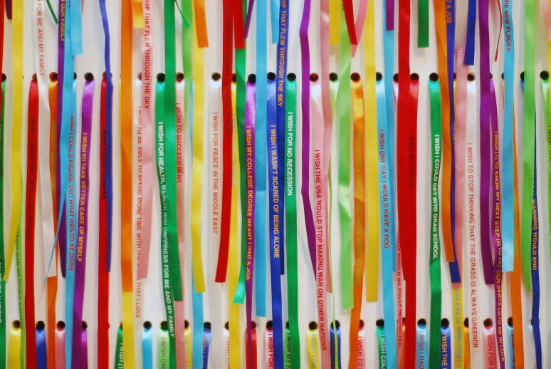 Rivane Neuenschwander, I Wish Your Wish, 2003, Silkscreen on fabric ribbons, Dimensions variable, Detail, Miami Art Museum, Miami, Florida, EUA / USA, Photo by Chocolate Milk, Photography, Courtesy the artist, Fortes Vilaça Gallery, São Paulo; Stephen Friedman Gallery, London; Tanya Bonakdar Gallery, New York. Collection Thyssen-Bornemisza Contemporary Art Foundation, Viena; Juan e [and] Patricia Vergez, Argentina
